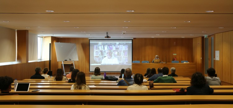 """Conferência de abertura dos programas doutorais sobre """"Cultura e Comunicação digital: desafios atuais"""""""